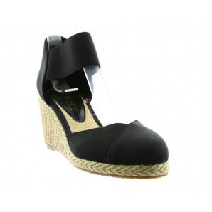 Schlupf Sandaletten in schwarz
